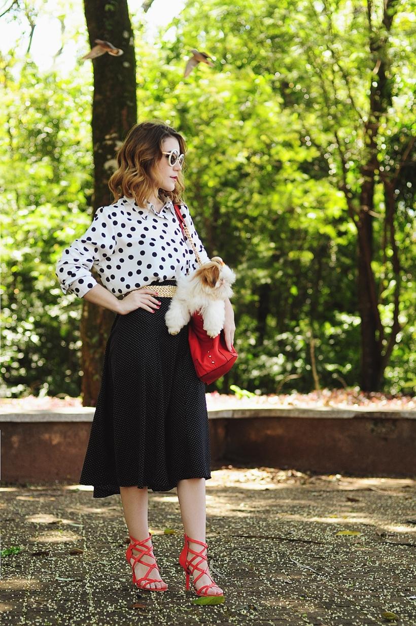 Camila Nardi - Fotos com Cachorros (11)