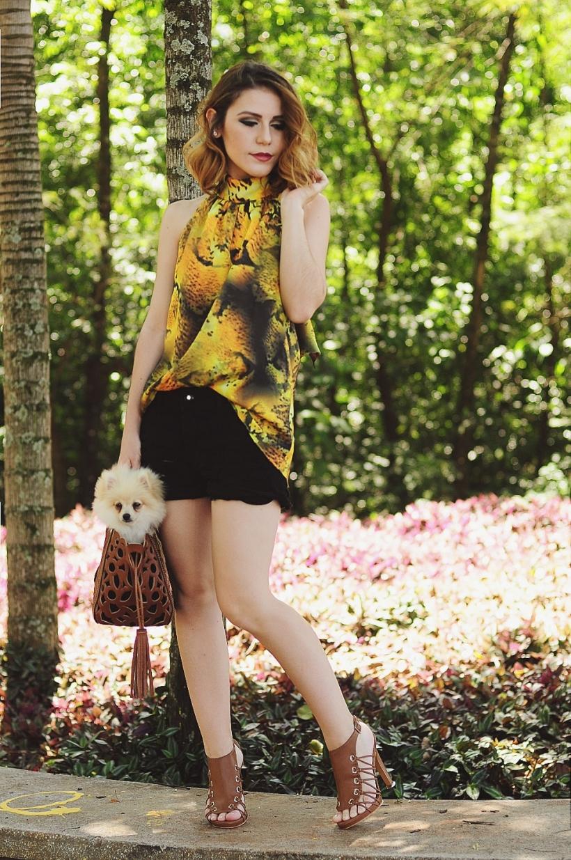 Camila Nardi - Fotos com Cachorros (15)