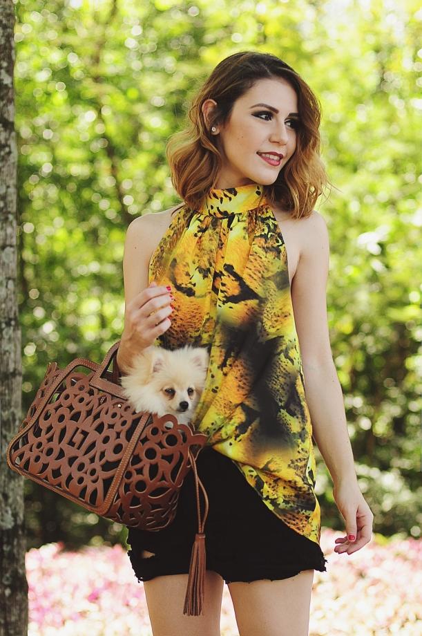 Camila Nardi - Fotos com Cachorros (17)