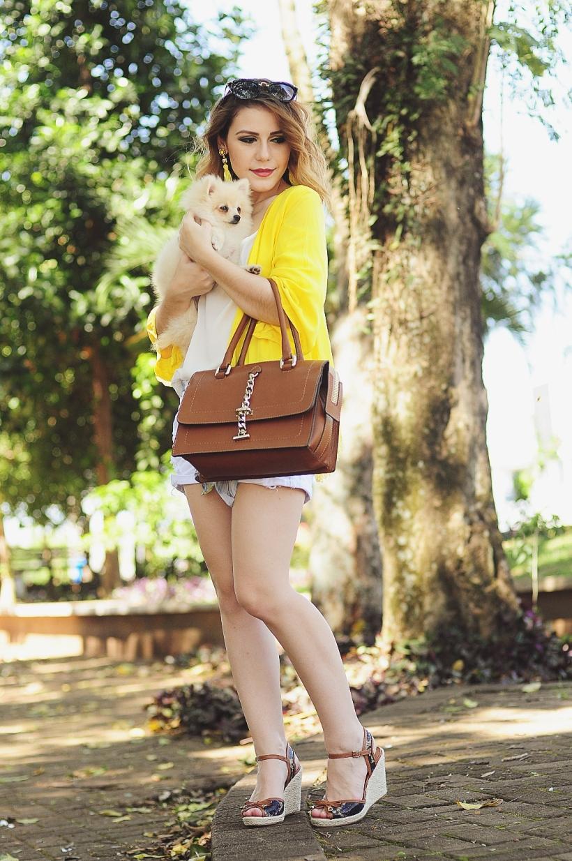Camila Nardi - Fotos com Cachorros (41)