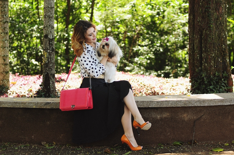 Camila Nardi - Fotos com Cachorros (8)